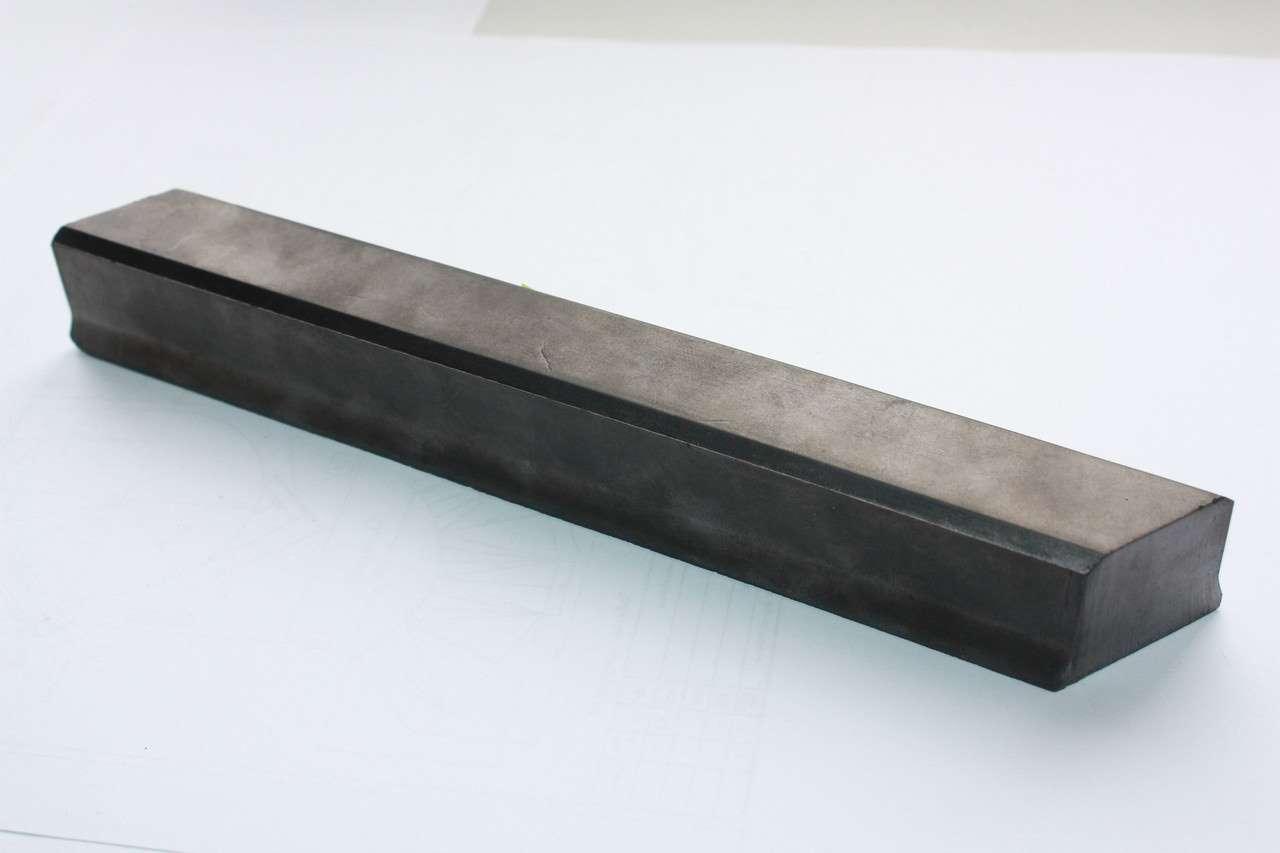 Вставка угольная контактная СДС 754609.70085